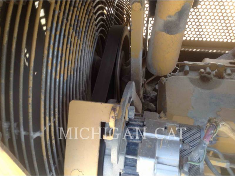 CATERPILLAR TRACTORES DE CADENAS D5ML equipment  photo 9