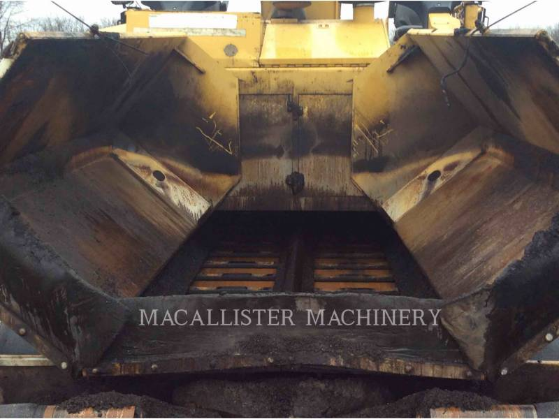 CATERPILLAR ASPHALT PAVERS AP1055D equipment  photo 19