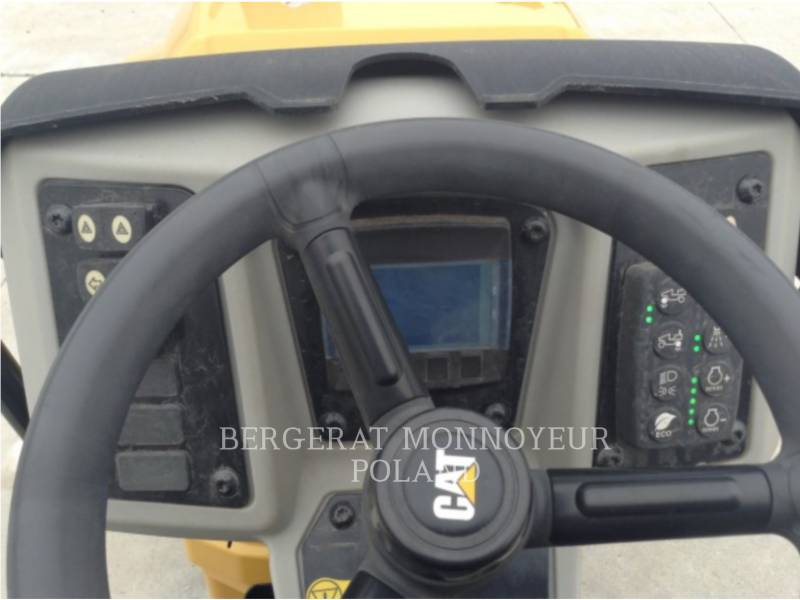 CATERPILLAR COMPACTEURS TANDEMS VIBRANTS CB22BLRC equipment  photo 7