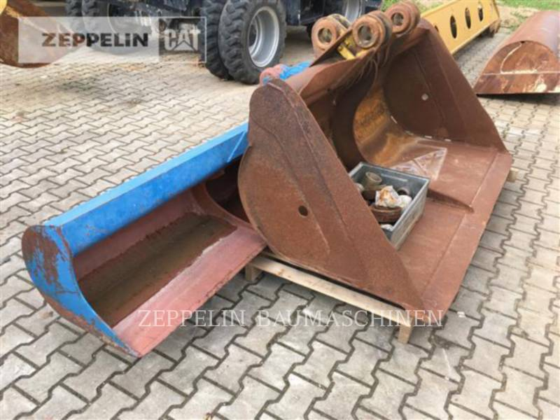 E.W.K. TRACK EXCAVATORS TR2212 equipment  photo 19