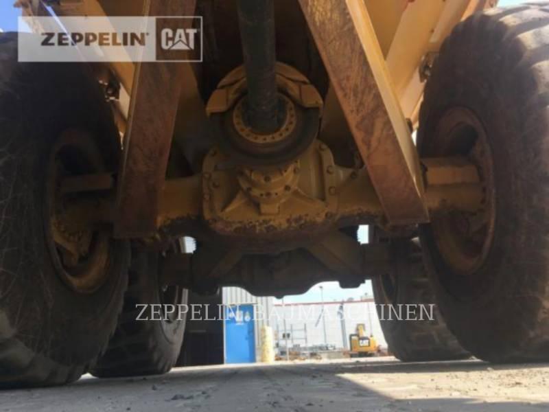 CATERPILLAR MULDENKIPPER 725C equipment  photo 16