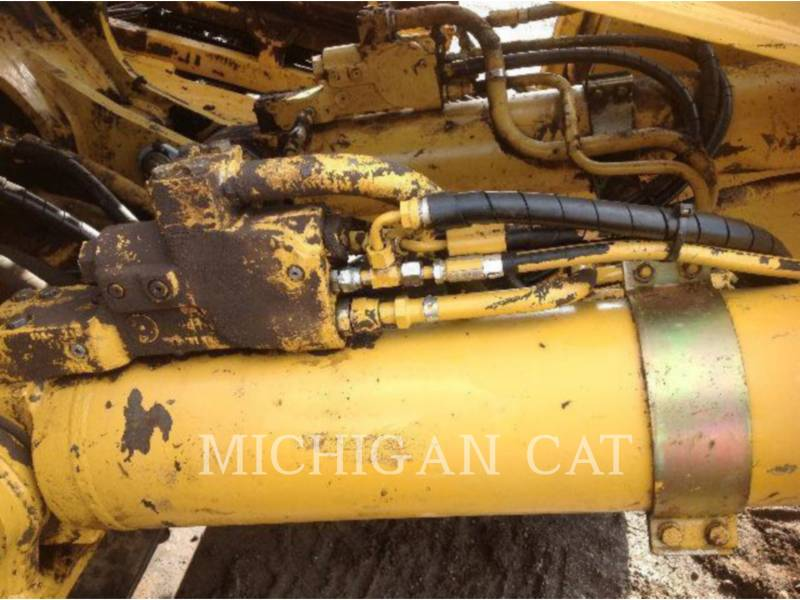 CATERPILLAR TRACK EXCAVATORS 330CL MH equipment  photo 21