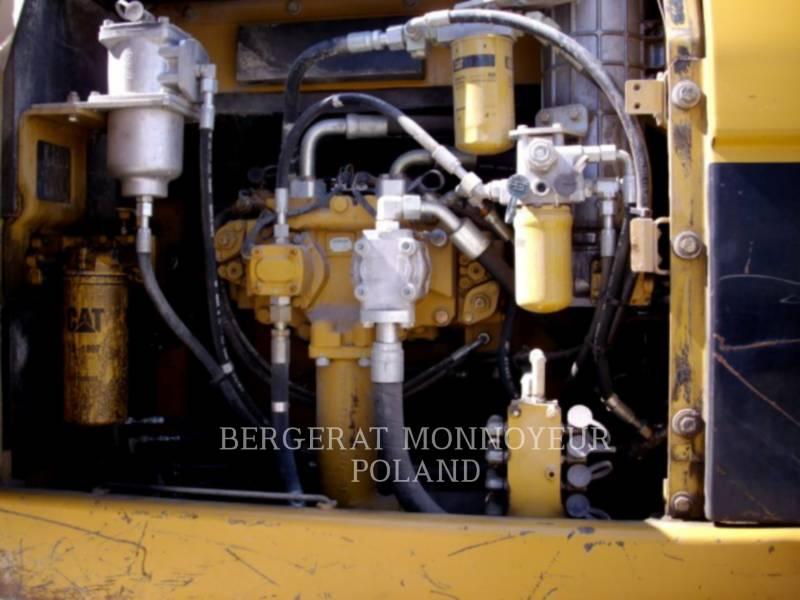 CATERPILLAR TRACK EXCAVATORS 324DL equipment  photo 13