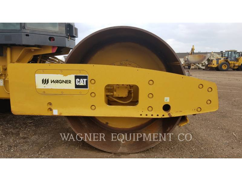 CATERPILLAR VIBRATORY SINGLE DRUM SMOOTH CS56 equipment  photo 11