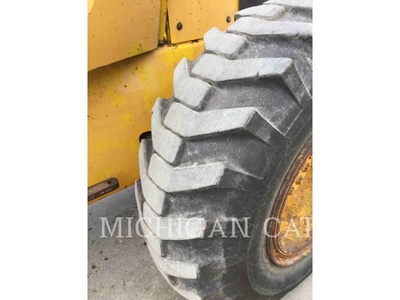 JOHN DEERE WIELLADERS/GEÏNTEGREERDE GEREEDSCHAPSDRAGERS 544C equipment  photo 19