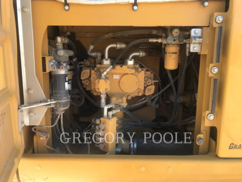 CATERPILLAR EXCAVADORAS DE CADENAS 323FL equipment  photo 12