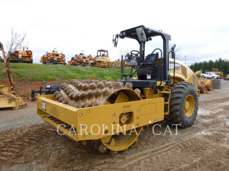 CATERPILLAR VIBRATORY TANDEM ROLLERS CP54B equipment  photo 3