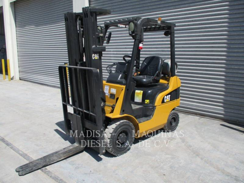 CATERPILLAR LIFT TRUCKS MONTACARGAS P3000      equipment  photo 1