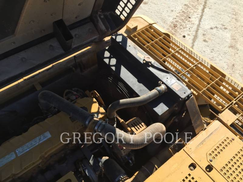 CATERPILLAR TRACK EXCAVATORS 330C L equipment  photo 16