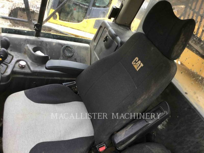 CATERPILLAR ARTICULATED TRUCKS 740 equipment  photo 9