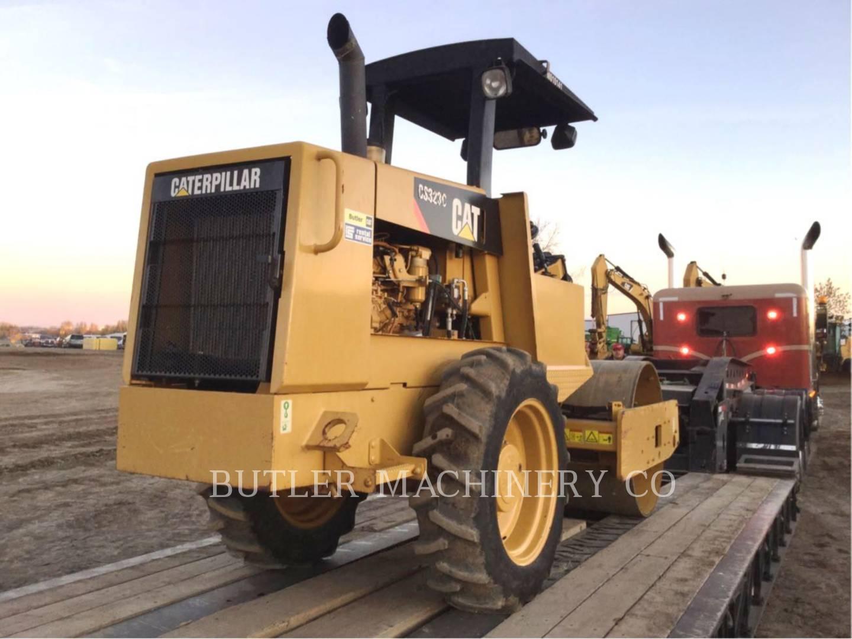 Detail photo of 2008 Caterpillar CS323C from Construction Equipment Guide