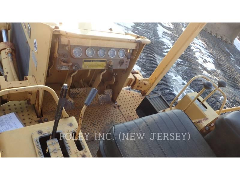 CATERPILLAR TRACK TYPE TRACTORS D4C equipment  photo 6