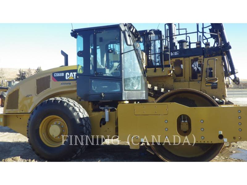 CATERPILLAR COMPACTEURS CS68B equipment  photo 3