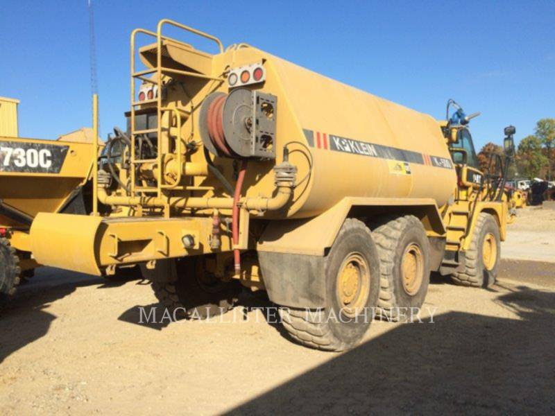 CATERPILLAR WATER TRUCKS 725 equipment  photo 3
