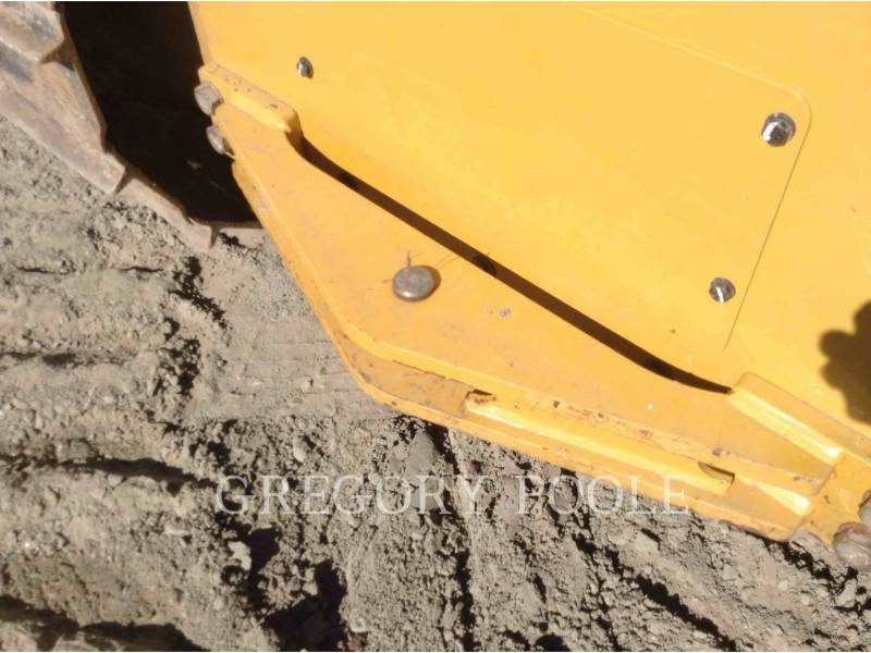 CATERPILLAR TRACK TYPE TRACTORS D5 LGP equipment  photo 15