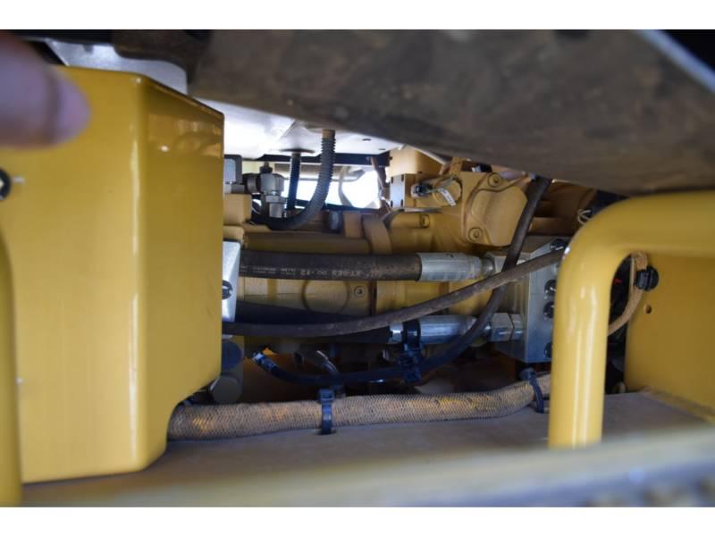 CATERPILLAR 振動シングル・ドラム・スムーズ CS78B equipment  photo 14