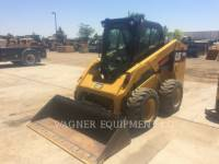 Equipment photo CATERPILLAR 246D PALE COMPATTE SKID STEER 1