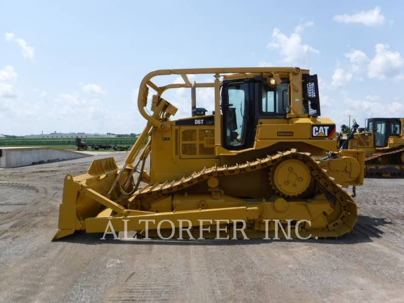 Caterpillar TRACTOARE CU ŞENILE D6T LGP W equipment  photo 3