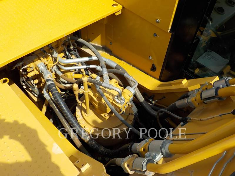 CATERPILLAR TRACK EXCAVATORS 336F equipment  photo 16