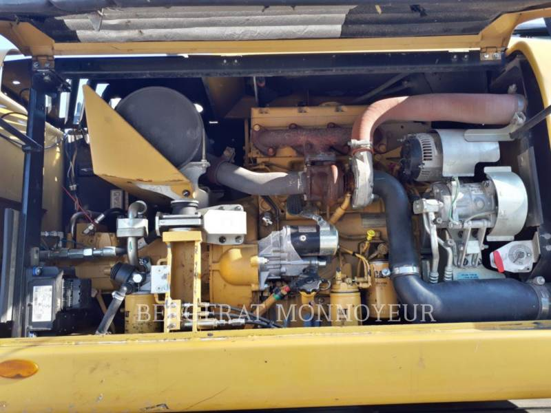 CATERPILLAR MOBILBAGGER M313D equipment  photo 10