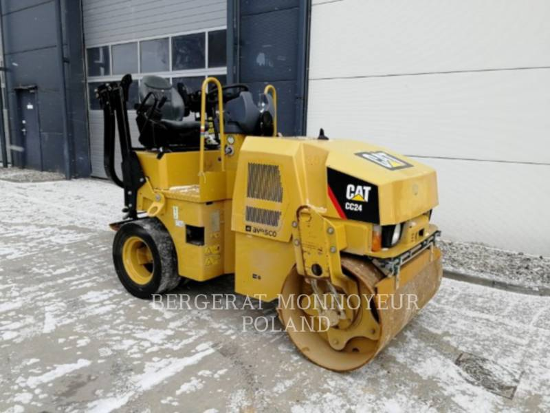 CATERPILLAR COMPACTEURS CC24 equipment  photo 8