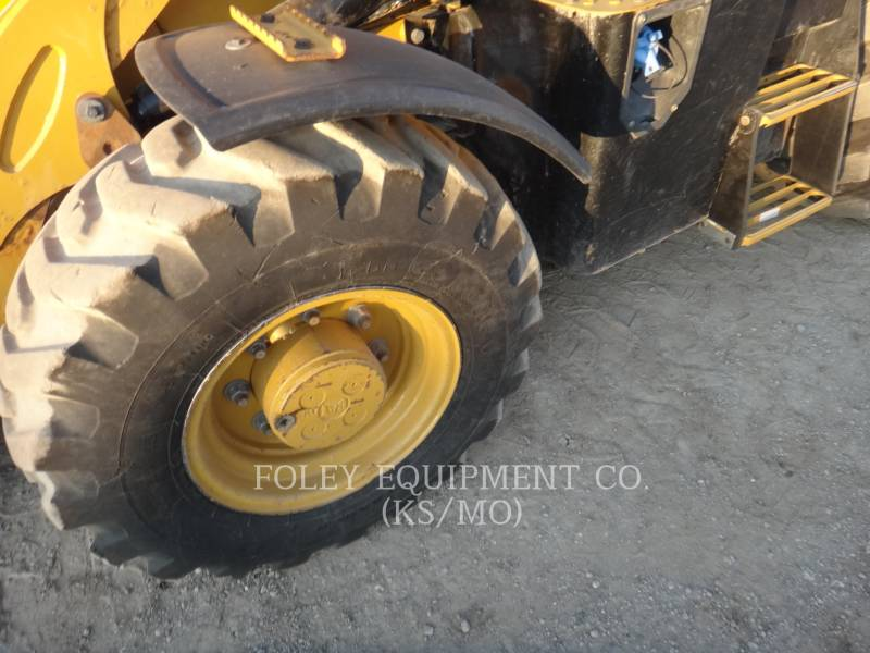 CATERPILLAR CHARGEUSES-PELLETEUSES 430F2IT equipment  photo 13