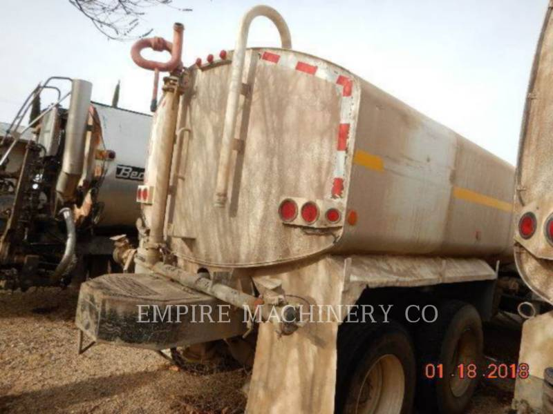 VOLVO CONST. EQUIP. NA, INC. CAMIONS CITERNE A EAU 4K TRUCK equipment  photo 7