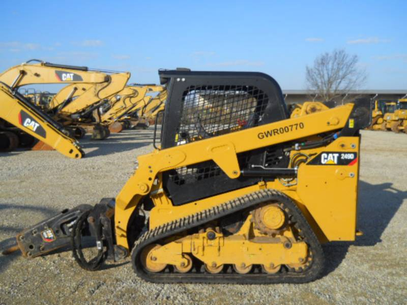 CATERPILLAR MULTI TERRAIN LOADERS 249D equipment  photo 3