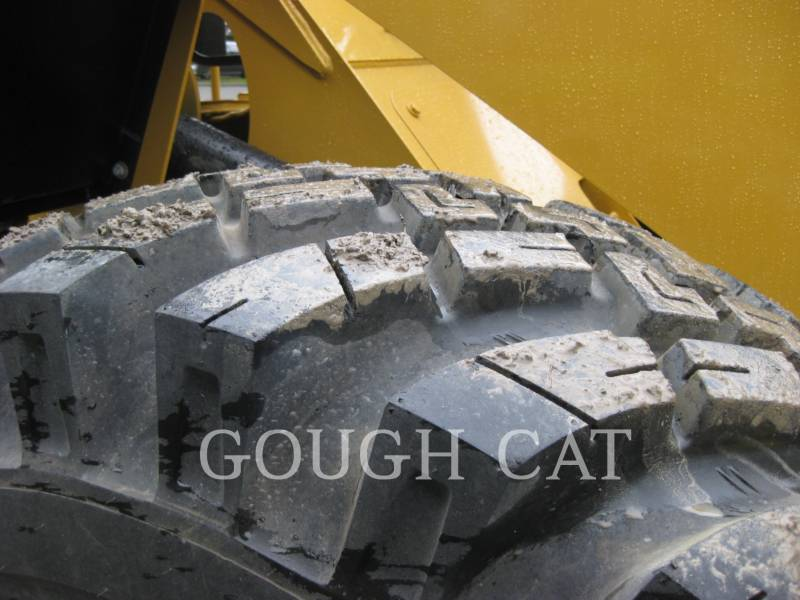 CATERPILLAR CARGADORES DE RUEDAS 910H equipment  photo 9