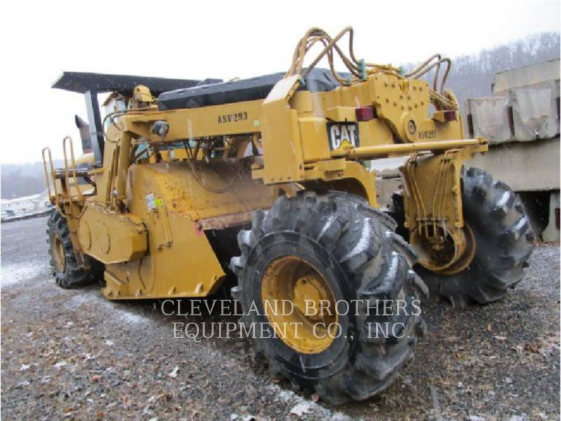 CATERPILLAR REPANDEUR DE BITUME RM500 equipment  photo 2