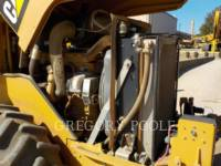 CATERPILLAR VIBRATORY SINGLE DRUM PAD CP-44 equipment  photo 21