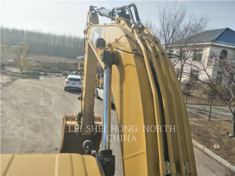 CATERPILLAR KETTEN-HYDRAULIKBAGGER 326D2L equipment  photo 12