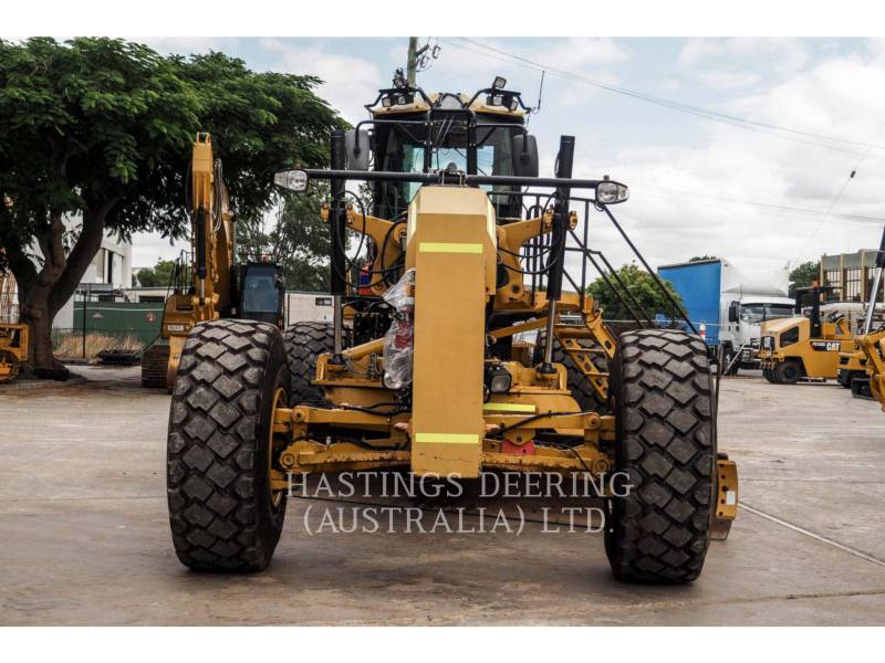 ... CATERPILLAR MINING MOTOR GRADER 16M equipment photo 2