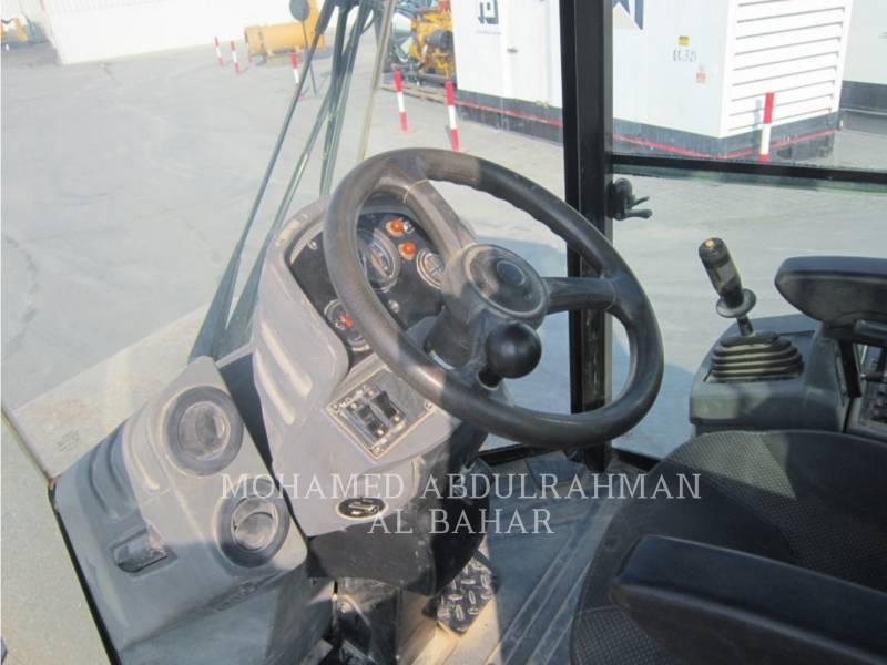 CATERPILLAR VIBRATORY SINGLE DRUM SMOOTH CS 533 E equipment  photo 10