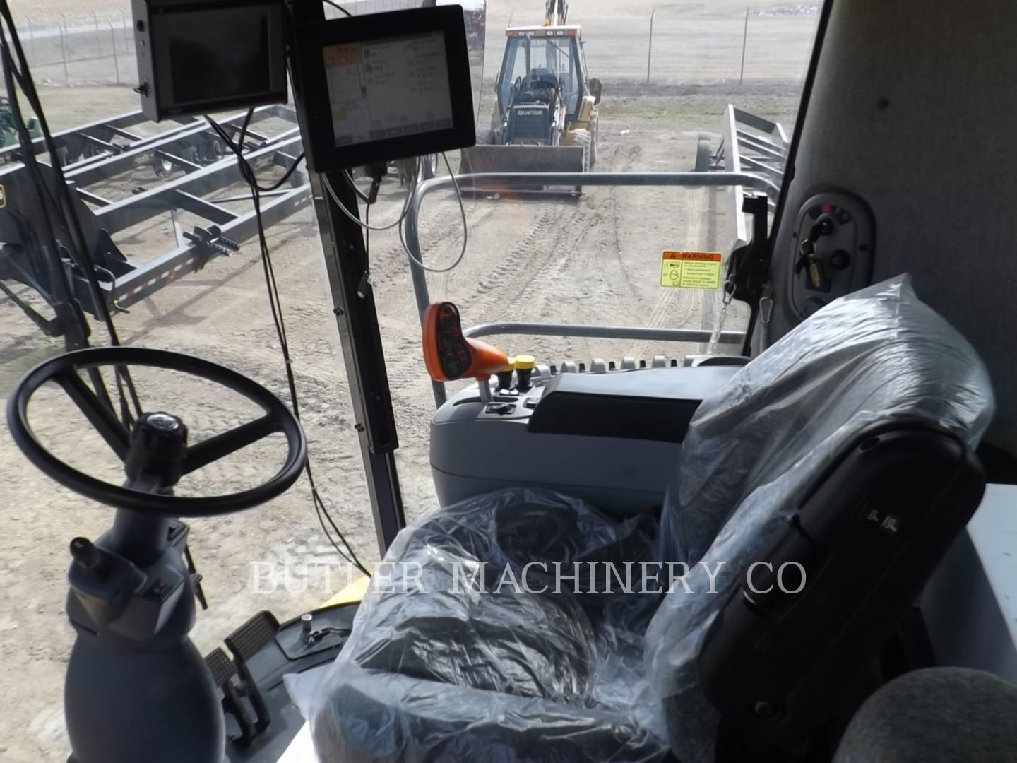Detail photo of 2009 Ford CR9070 from Construction Equipment Guide