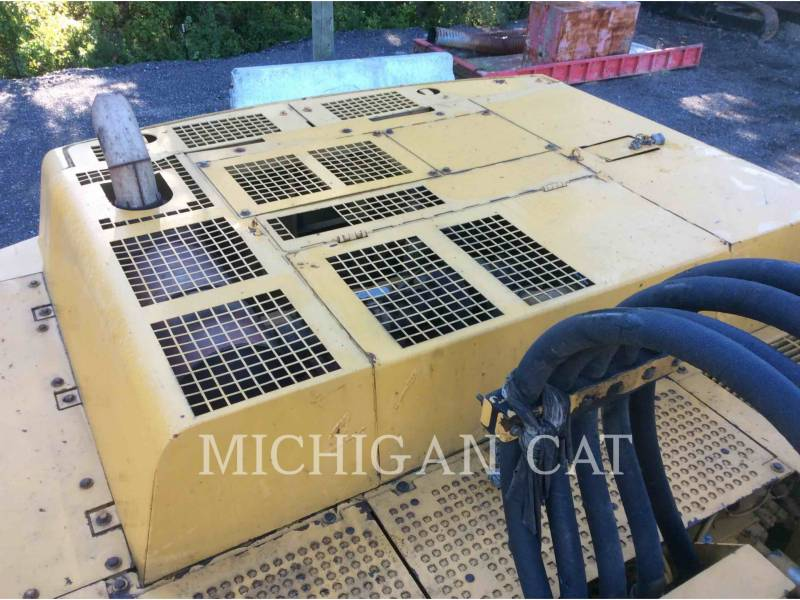 CATERPILLAR ESCAVATORI CINGOLATI 350L equipment  photo 9