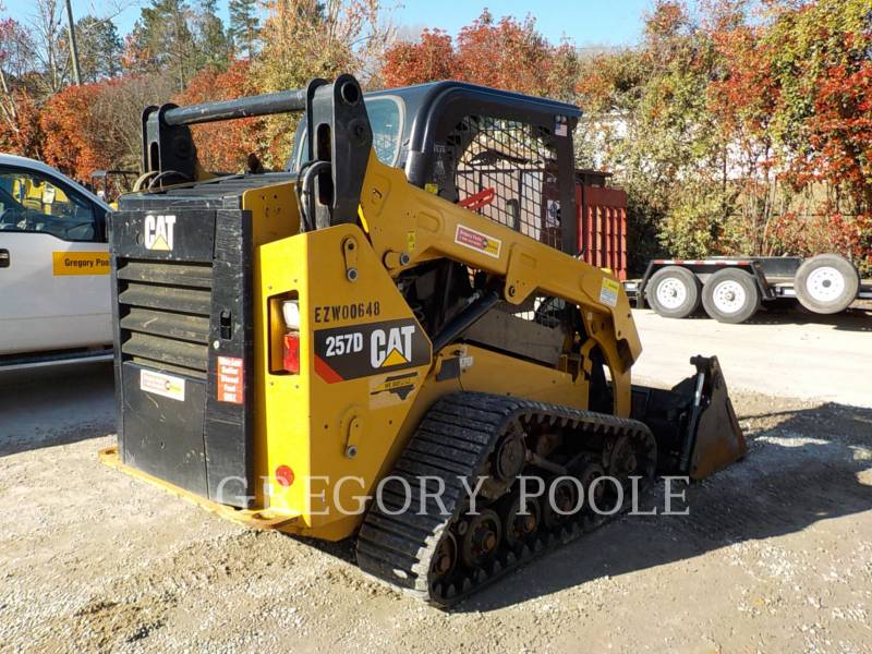 CATERPILLAR MULTITERREINLADERS 257D equipment  photo 10