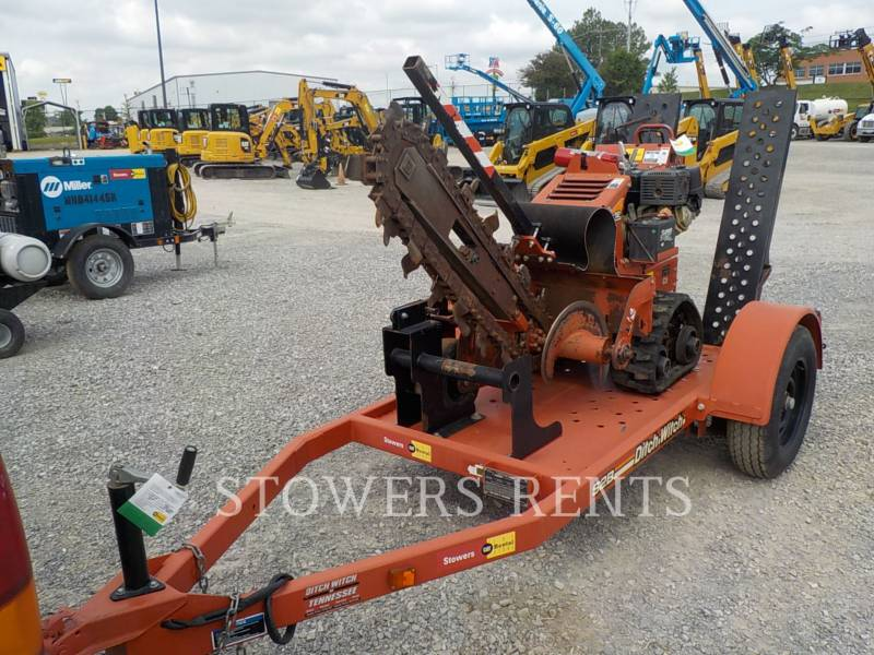 DITCH WITCH (CHARLES MACHINE WORKS) WT - TRENCHEUSE RT12 equipment  photo 1