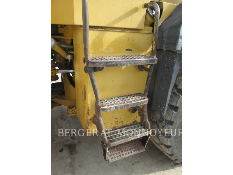 CATERPILLAR CARGADORES DE RUEDAS 950F2 equipment  photo 6