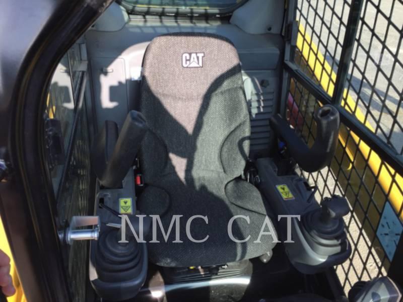 CATERPILLAR スキッド・ステア・ローダ 242D equipment  photo 2