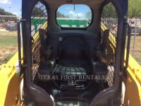 CATERPILLAR SKID STEER LOADERS 226 D equipment  photo 5