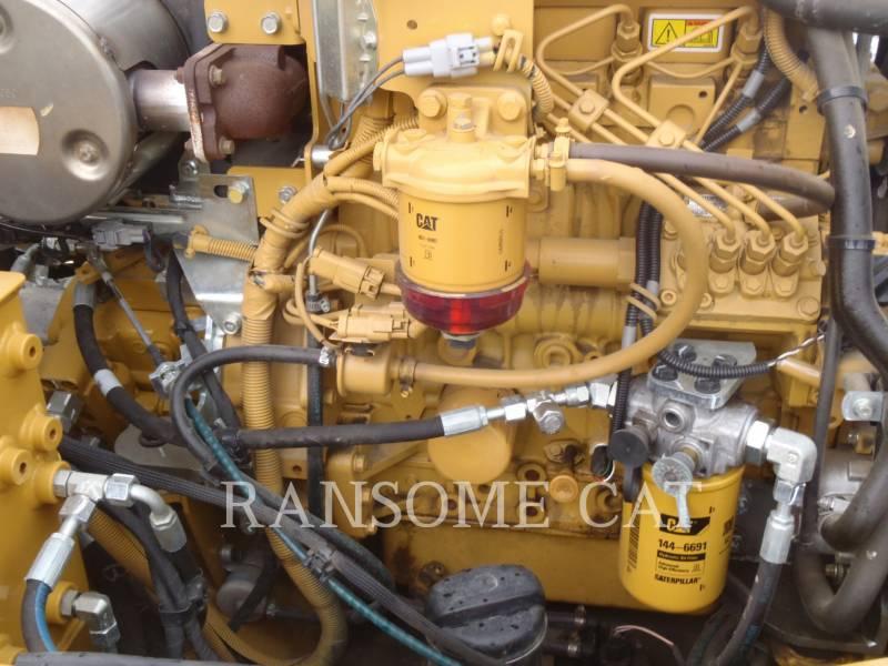 CATERPILLAR VIBRATORY DOUBLE DRUM ASPHALT CB34B equipment  photo 10