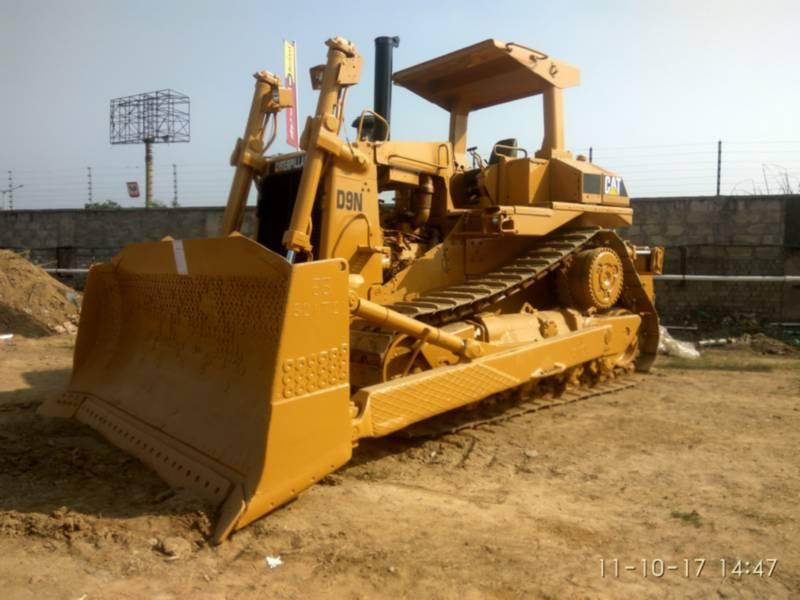 CATERPILLAR MINING TRACK TYPE TRACTOR D9N equipment  photo 1