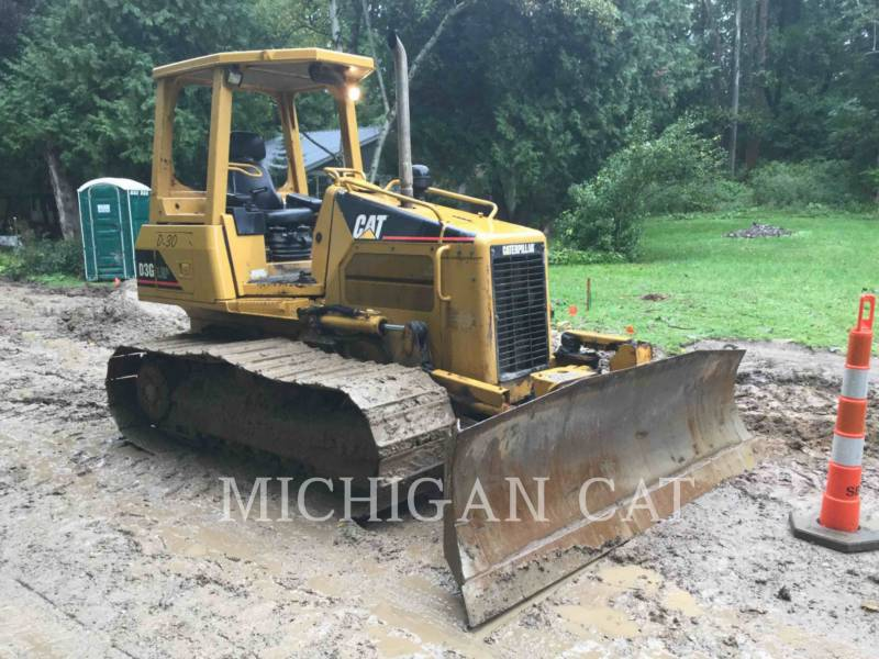 CATERPILLAR TRACTORES DE CADENAS D3GLGP equipment  photo 1