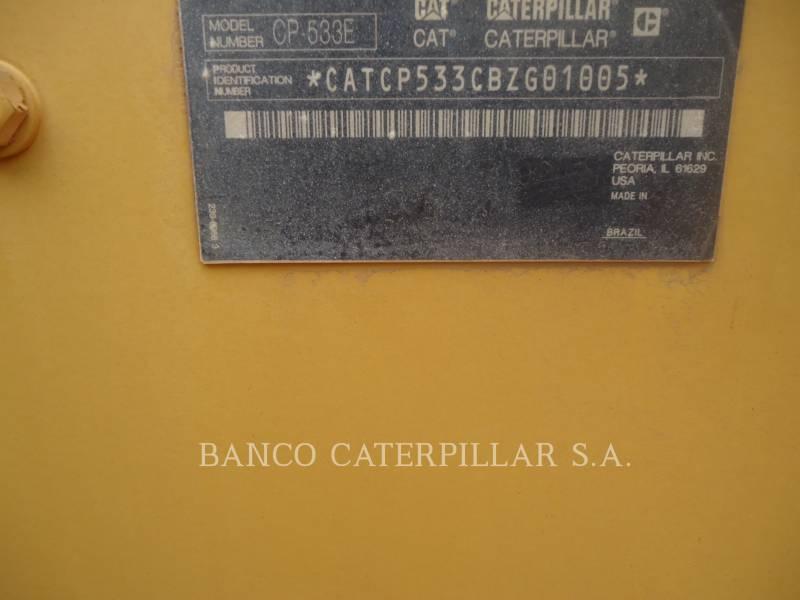 CATERPILLAR COMPACTEUR VIBRANT, MONOCYLINDRE À PIEDS DAMEURS CP-533E equipment  photo 5
