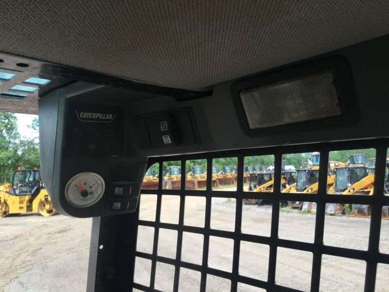 Caterpillar MINIÎNCĂRCĂTOARE RIGIDE MULTIFUNCŢIONALE 226B3 equipment  photo 20