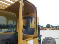 CATERPILLAR TELEHANDLER TL1055 equipment  photo 15