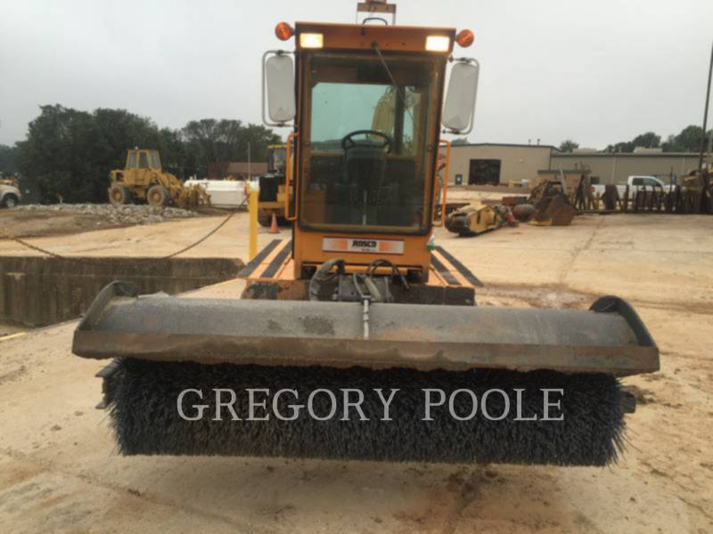 LEE-BOY  BROOM 4920 equipment  photo 15