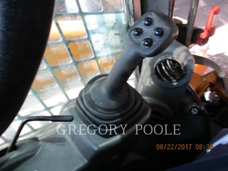 CATERPILLAR CARGADORES MULTITERRENO 299D2 equipment  photo 18