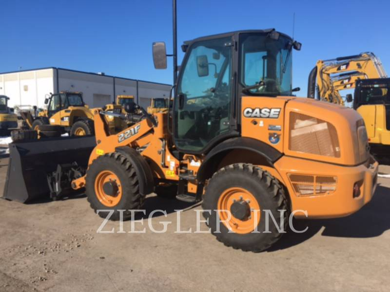 CASE/NEW HOLLAND WHEEL LOADERS/INTEGRATED TOOLCARRIERS 221F equipment  photo 3